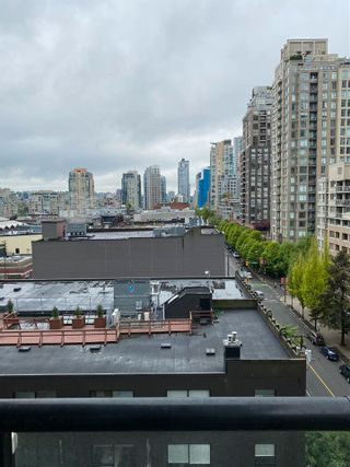 """Photo 6: 901 928 HOMER Street in Vancouver: Yaletown Condo for sale in """"YALETOWN PARK 1"""" (Vancouver West)  : MLS®# R2586722"""