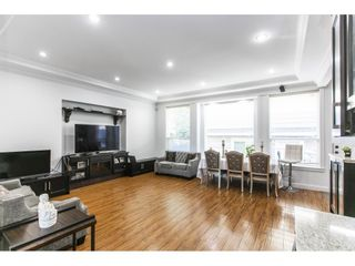 Photo 4: 5922 131A Street in Surrey: Panorama Ridge House for sale : MLS®# R2595803