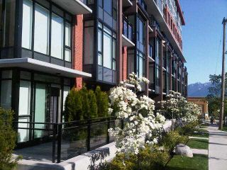 "Photo 4: TH12 260 E 7TH Avenue in Vancouver: Mount Pleasant VE Townhouse for sale in ""SOCIAL"" (Vancouver East)  : MLS®# V951293"