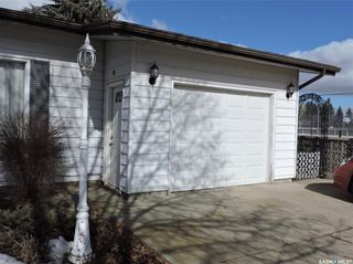 Photo 39: 391 Circlebrooke Drive in Yorkton: South YO Residential for sale : MLS®# SK846299