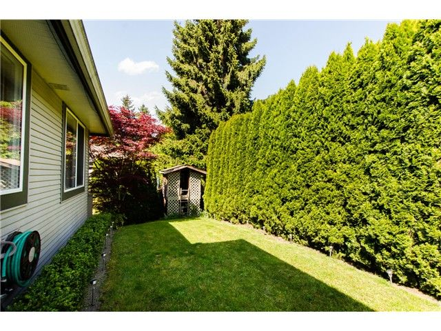 """Photo 18: Photos: 7548 147A Street in Surrey: East Newton House for sale in """"Chimney Heights"""" : MLS®# F1440395"""