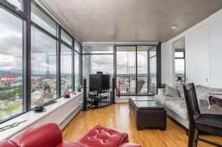 """Photo 15: 2001 108 W CORDOVA Street in Vancouver: Downtown VW Condo for sale in """"Woodwards W32"""" (Vancouver West)  : MLS®# R2465533"""