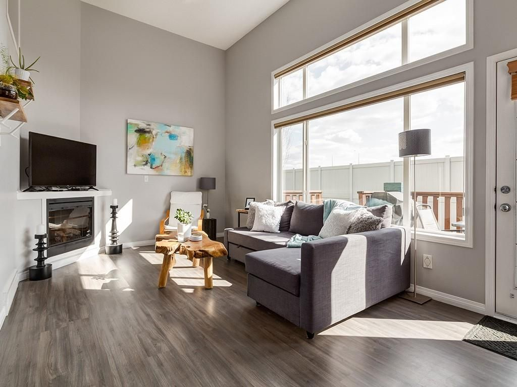Main Photo: 133 COPPERFIELD Lane SE in Calgary: Copperfield Row/Townhouse for sale : MLS®# C4236105