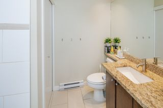"""Photo 17: 14 1863 WESBROOK Mall in Vancouver: University VW Townhouse for sale in """"Esse"""" (Vancouver West)  : MLS®# R2354042"""