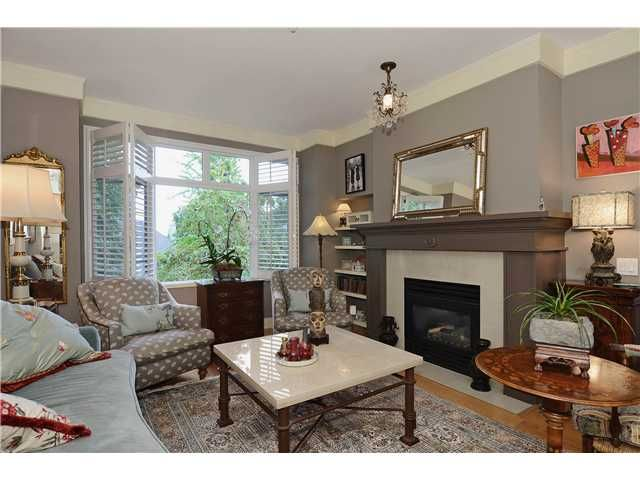"""Main Photo: 215 3188 W 41ST Avenue in Vancouver: Kerrisdale Condo for sale in """"LANESBOROUGH"""" (Vancouver West)  : MLS®# V1027530"""