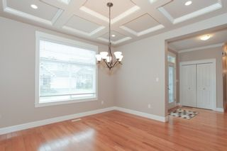Photo 3: 19755 68A AVENUE in Langley: Home for sale : MLS®# R2153628