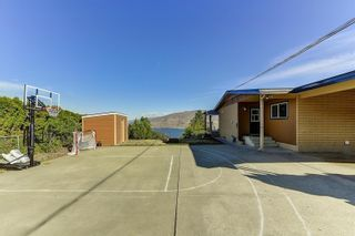 Photo 3: 6213 Whinton Crescent, in Peachland: House for sale : MLS®# 10240890
