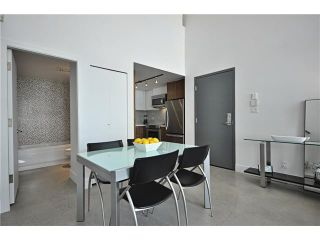 """Photo 3: PH1 869 BEATTY Street in Vancouver: Downtown VW Condo for sale in """"THE HOOPER BUILDING"""" (Vancouver West)  : MLS®# V888505"""