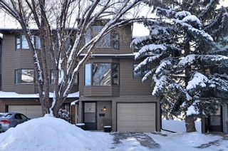Main Photo: 78 23 Glamis Drive SW in Calgary: Glamorgan Row/Townhouse for sale : MLS®# A1069186