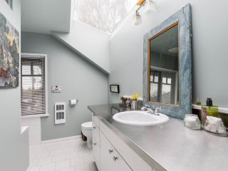 """Photo 15: 4855 COLLINGWOOD Street in Vancouver: Dunbar House for sale in """"Dunbar"""" (Vancouver West)  : MLS®# R2155905"""