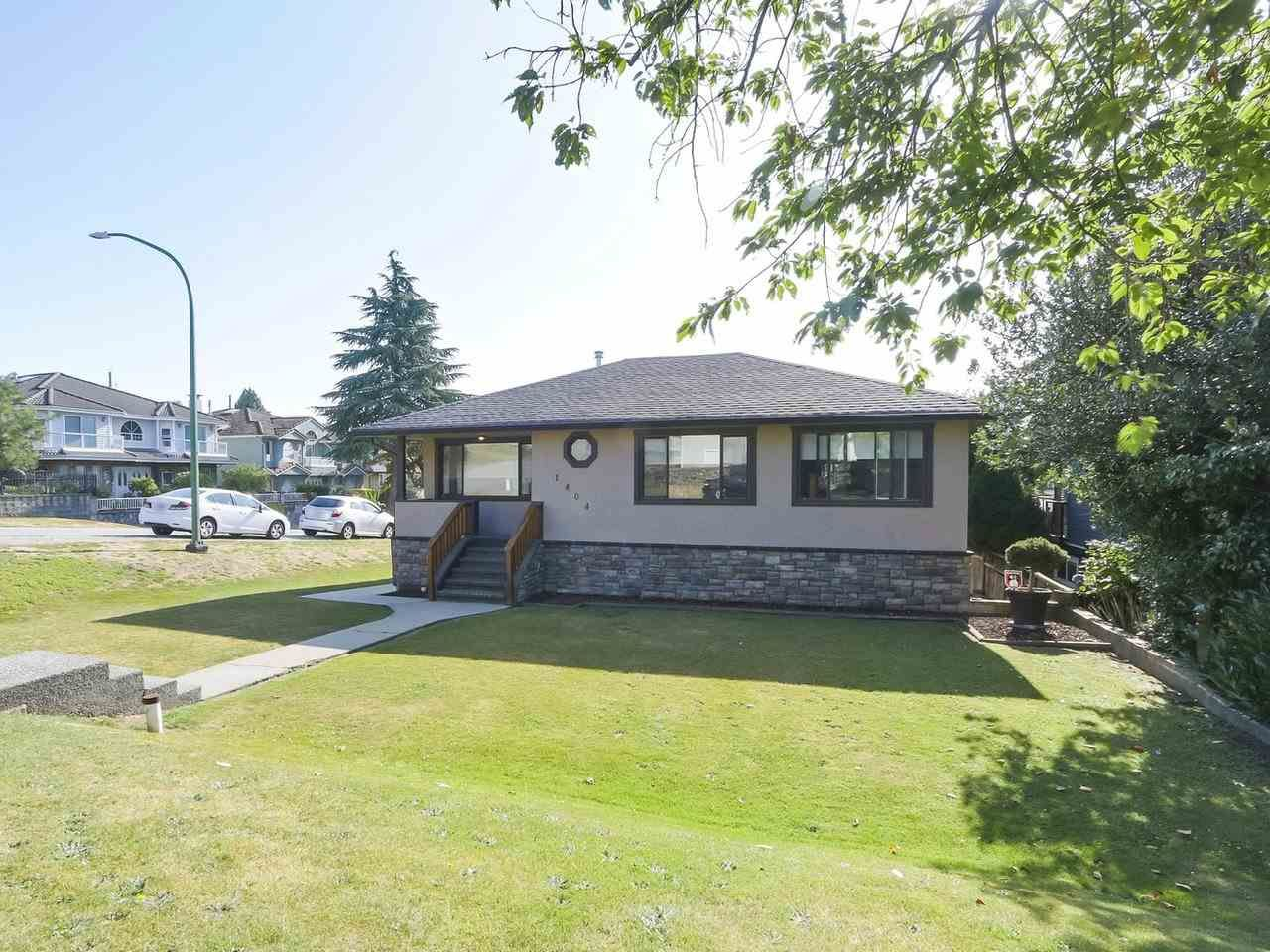 Main Photo: 1404 DENT Avenue in Burnaby: Willingdon Heights House for sale (Burnaby North)  : MLS®# R2394613