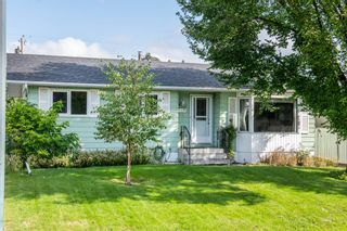 Photo 2: 1836 Matheson Drive NE in Calgary: Mayland Heights Detached for sale : MLS®# A1143576
