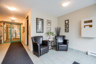 "Photo 3: 202 1569 EVERALL Street: White Rock Condo for sale in ""Seawynd Manor"" (South Surrey White Rock)  : MLS®# R2513338"