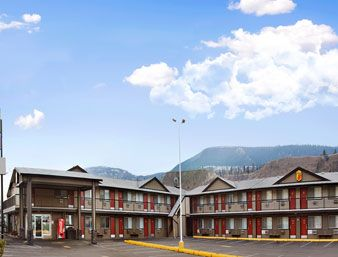 Main Photo: 2459 East Trans Canada Highway in Kamlopps: Commercial for sale (Kamloops)