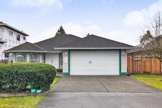 """Photo 1: 18598 58 Avenue in Surrey: Cloverdale BC House for sale in """"CLOVERDALE"""" (Cloverdale)  : MLS®# R2439843"""