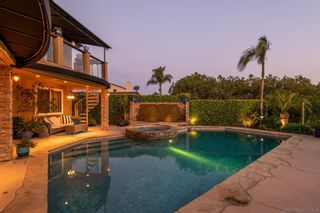 Photo 8: BAY PARK House for sale : 4 bedrooms : 2562 Grandview in San Diego