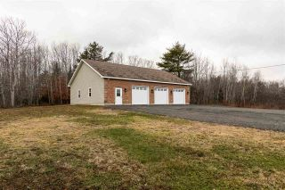 Photo 4: 4395 Highway 325 in Newcombville: 405-Lunenburg County Residential for sale (South Shore)  : MLS®# 202025199
