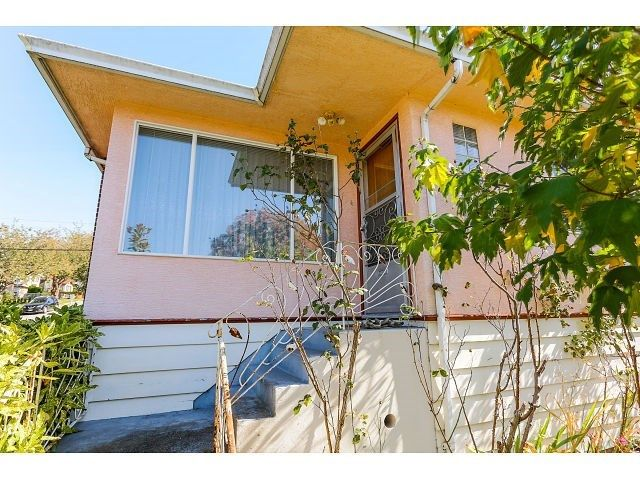 Main Photo: 4412 NANAIMO Street in Vancouver: Collingwood VE House for sale (Vancouver East)  : MLS®# R2007186