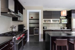 """Photo 10: 1024 BELMONT Avenue in North Vancouver: Edgemont House for sale in """"EDGEMONT VILLAGE"""" : MLS®# R2616613"""