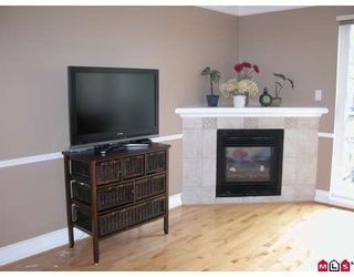 """Photo 5: 20 20890 57TH Avenue in Langley: Langley City Townhouse for sale in """"ASPEN GABLES"""" : MLS®# F2902731"""