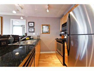 """Photo 3: 706 928 RICHARDS Street in Vancouver: Yaletown Condo for sale in """"THE SAVOY"""" (Vancouver West)  : MLS®# V911240"""