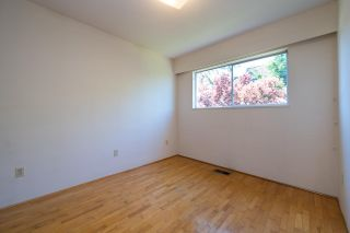 Photo 17: 3192 QUEENS Avenue in Vancouver: Collingwood VE House for sale (Vancouver East)  : MLS®# R2590887