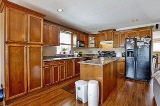 "Photo 3: 33733 BOWIE Drive in Mission: Mission BC House for sale in ""MOUNTAIN VIEW 18'8''"" : MLS®# R2189019"