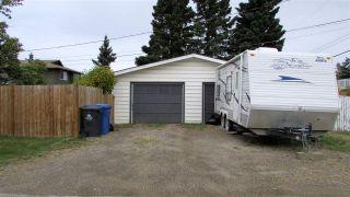 Photo 5: 11203 102 Street in Fort St. John: Fort St. John - City NW House for sale (Fort St. John (Zone 60))  : MLS®# R2501772