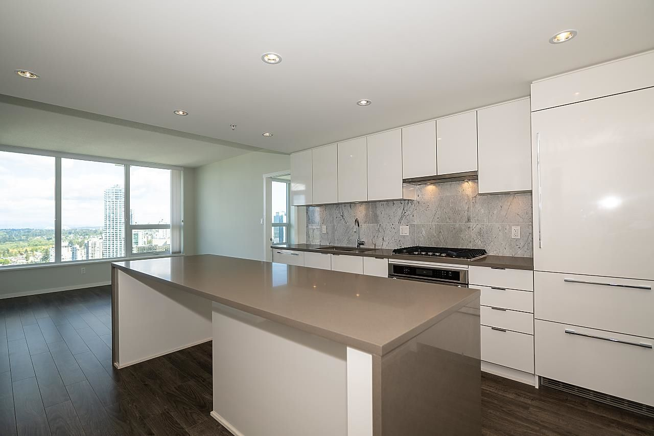 """Main Photo: Videos: 3602 5883 BARKER Avenue in Burnaby: Metrotown Condo for sale in """"ALDYNNE ON THE PARK"""" (Burnaby South)  : MLS®# R2579727"""