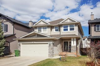 Photo 2: 19 Everhollow Crescent SW in Calgary: Evergreen Detached for sale : MLS®# A1099743
