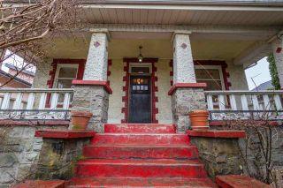 "Photo 3: 855 E 19TH Avenue in Vancouver: Fraser VE House for sale in ""Kensington Cedar Cottage"" (Vancouver East)  : MLS®# R2146655"