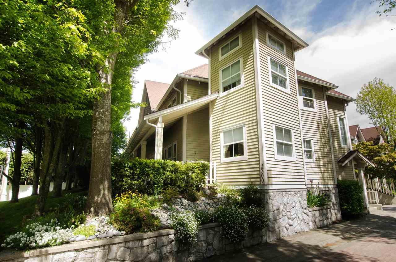 "Main Photo: 16 1700 56 Street in Delta: Beach Grove Townhouse for sale in ""THE PILLARS"" (Tsawwassen)  : MLS®# R2266372"