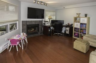 """Photo 2: 4 1350 W 6TH Avenue in Vancouver: Fairview VW Townhouse for sale in """"PEPPER RIDGE"""" (Vancouver West)  : MLS®# R2012322"""