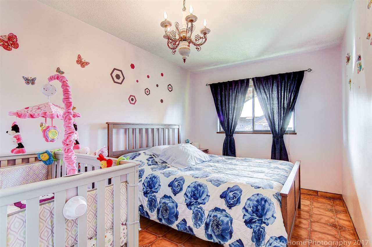 Photo 13: Photos: 5351 FRANCES Street in Burnaby: Capitol Hill BN 1/2 Duplex for sale (Burnaby North)  : MLS®# R2137960