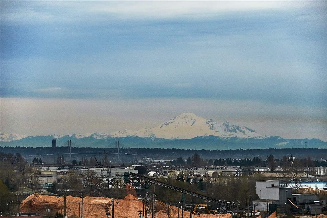 "Main Photo: 702 489 INTERURBAN Way in Vancouver: Marpole Condo for sale in ""MARINE GATEWAY"" (Vancouver West)  : MLS®# R2355019"