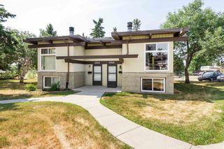 Photo 3: 4306 76 Street in Edmonton: Zone 29 House Half Duplex for sale : MLS®# E4254667