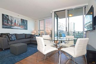 "Photo 6: 801 33 SMITHE Street in Vancouver: Yaletown Condo for sale in ""COOPERS LOOKOUT"" (Vancouver West)  : MLS®# R2448170"