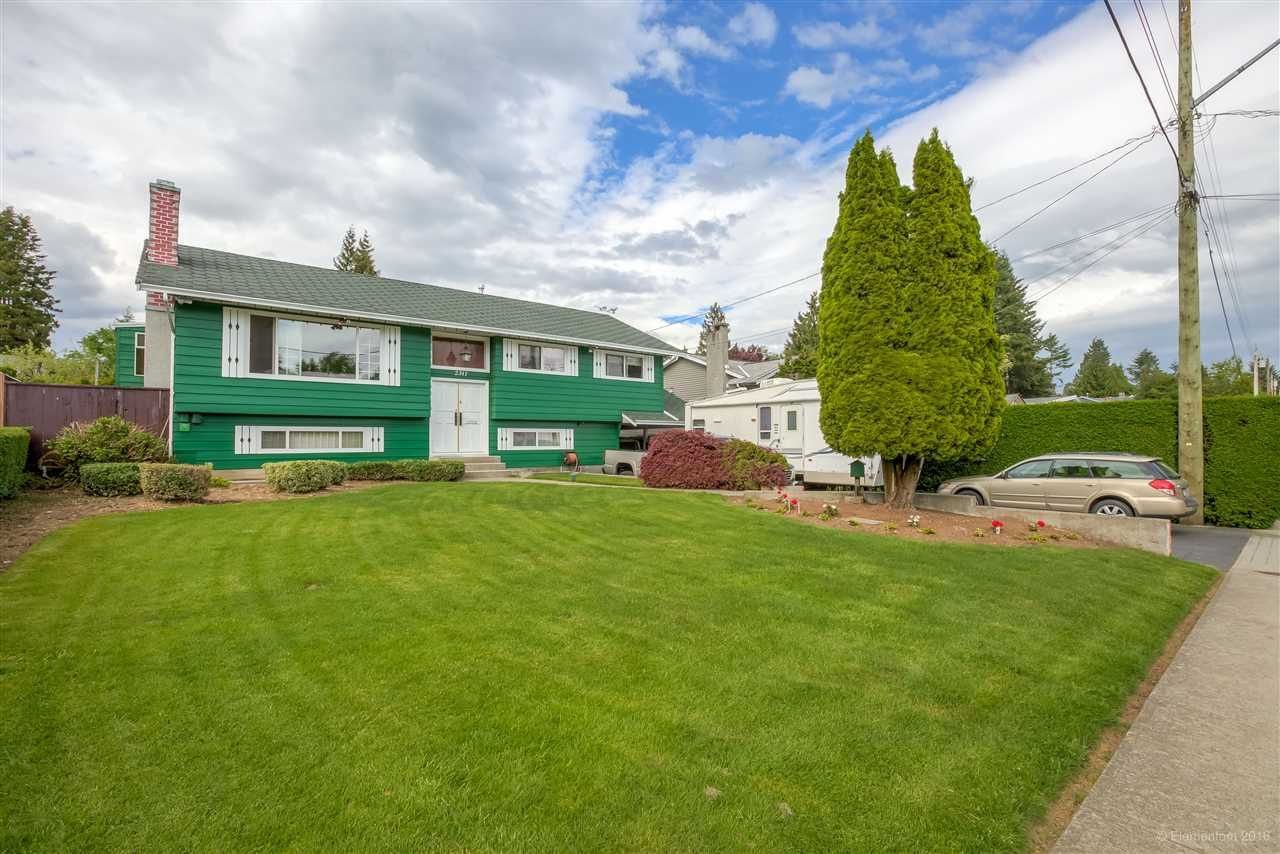 Main Photo: 2311 LATIMER Avenue in Coquitlam: Central Coquitlam House for sale : MLS®# R2169702