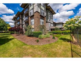 """Photo 32: 311 2068 SANDALWOOD Crescent in Abbotsford: Central Abbotsford Condo for sale in """"The Sterling"""" : MLS®# R2591010"""