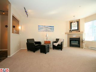 Photo 2: 204 10678 138A St in Surrey: Whalley Condo for sale (North Surrey)  : MLS®# F1022284