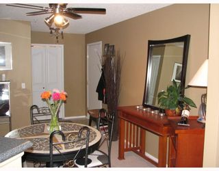 Photo 7: 116 4000 SOMERVALE Court SW in Calgary: Somerset Condo for sale : MLS®# C3365638
