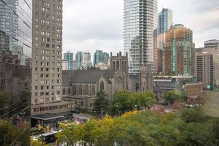 """Photo 11: 804 1050 BURRARD Street in Vancouver: Downtown VW Condo for sale in """"WALL CENTRE"""" (Vancouver West)  : MLS®# R2309129"""