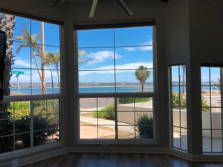 Photo 2: CROWN POINT Townhouse for sale : 3 bedrooms : 3822 Sequoia in San Diego