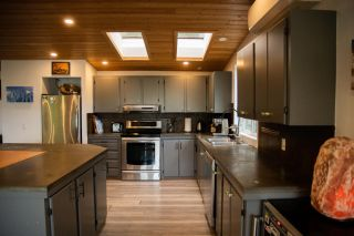 Photo 10: 1510 ASH STREET in Nelson: House for sale : MLS®# 2460946