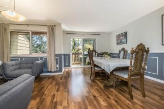 Photo 2: 208 CARDIFF WAY in Port Moody: College Park PM Townhouse for sale : MLS®# R2264319