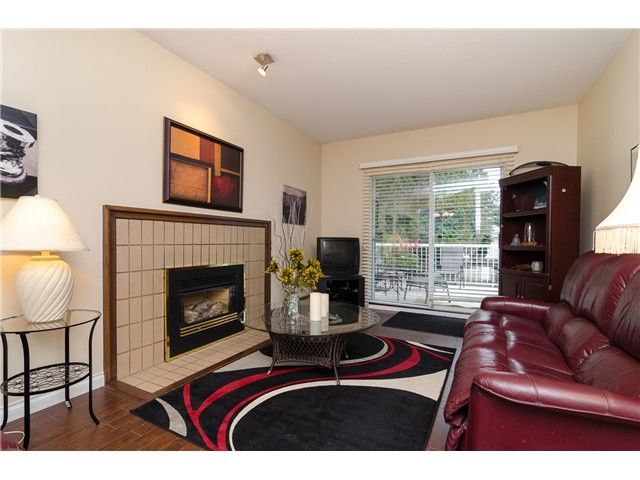 Photo 5: Photos: 6430 CURTIS Street in Burnaby: Parkcrest House for sale (Burnaby North)  : MLS®# V981822