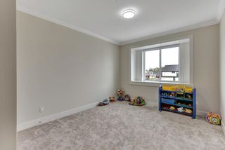 """Photo 13: 8353 209B Street in Langley: Willoughby Heights House for sale in """"Yorkson"""" : MLS®# R2571559"""