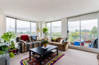 """Photo 1: 802 2121 W 38TH Avenue in Vancouver: Kerrisdale Condo for sale in """"ASHLEIGH COURT"""" (Vancouver West)  : MLS®# R2623067"""