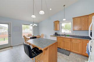 Photo 4: 102 Overholt Crescent in Saskatoon: Arbor Creek Residential for sale : MLS®# SK856160
