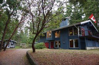 Photo 1: 536 BAYVIEW Drive: Mayne Island House for sale (Islands-Van. & Gulf)  : MLS®# R2509765
